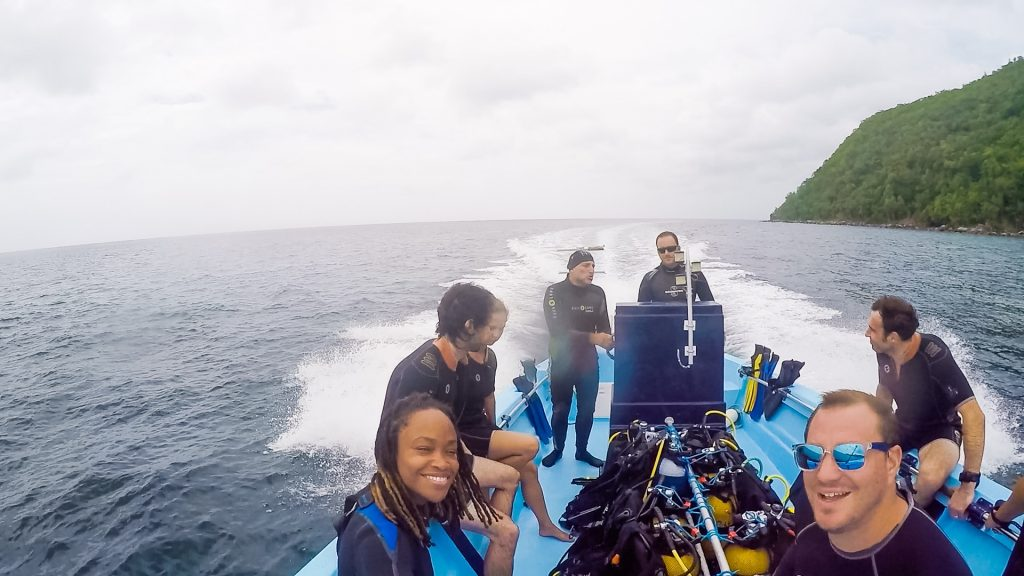 Scuba dive group with Alpha Ploungee in Martinique