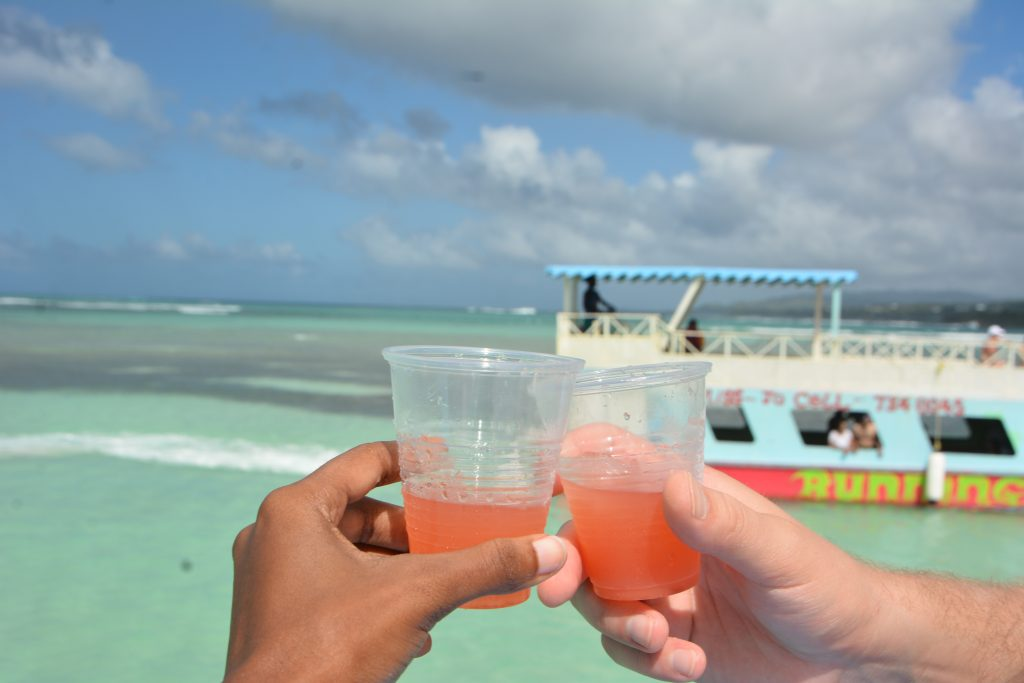 Best Bars in Tobago: Nylon Pool