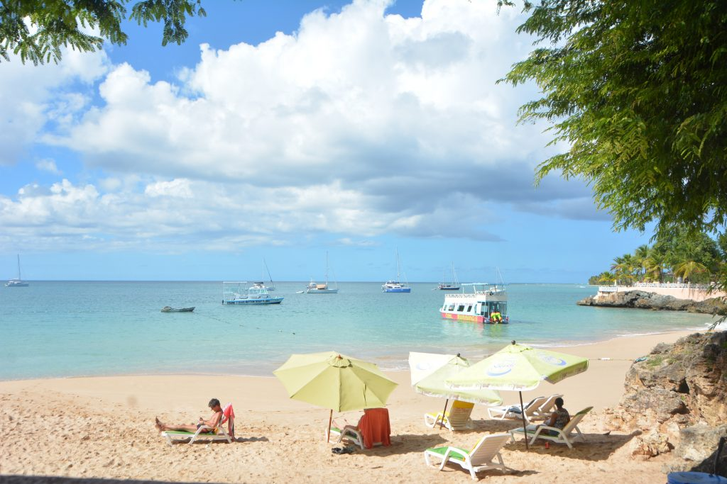 Tobago Beach: Store Bay