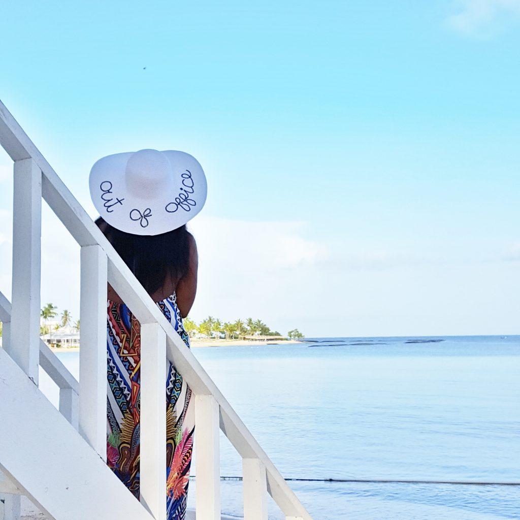 Island Girl In-Transit Macaulay Thompson