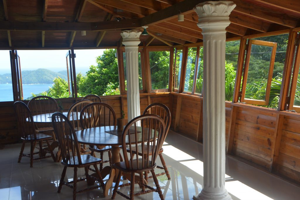 Tobago Restaurant: Speyside Overlooking Restaurant & Bar