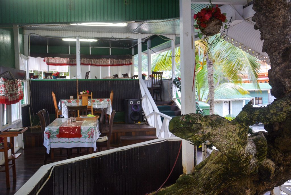 Tobago Restaurant: Jemma's Treehouse Restaurant